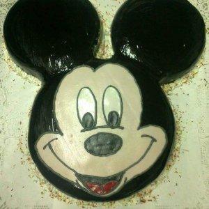 Bolo com cara Mickey