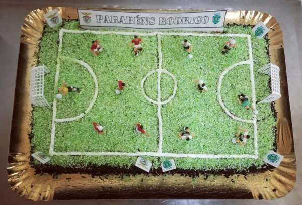 Bolo de Campo de Futebol de chocolate