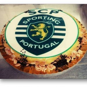 Bolo decorado com símbolo do Sporting