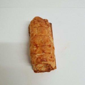 Folhado de salsicha