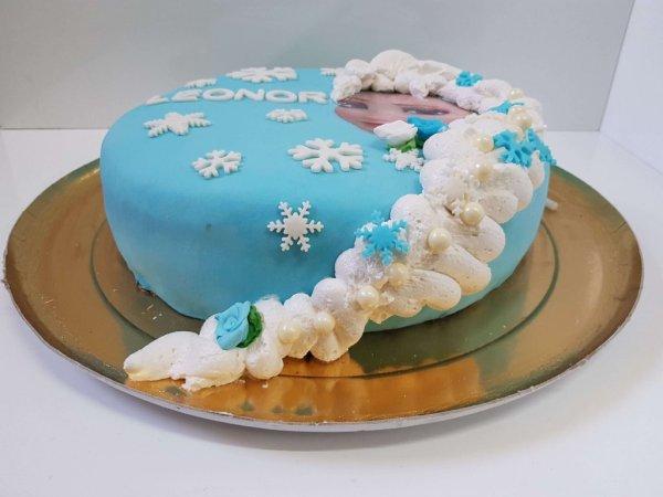 Bolo Da Frozen Com Chantilly