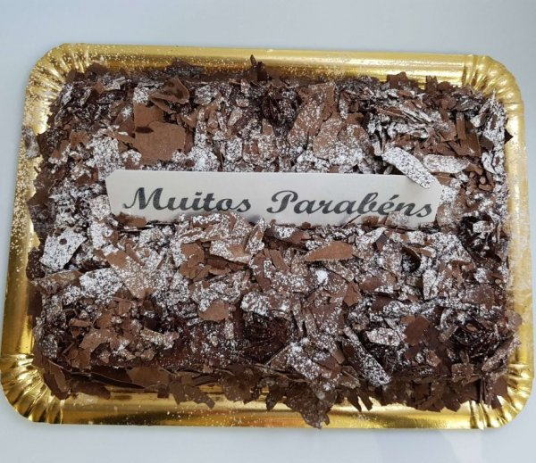 Bolo de chocolate rectangular - vista de cima