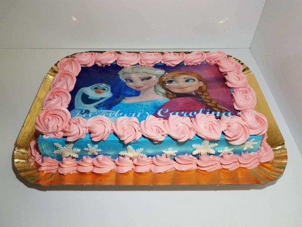 Bolo Com Olav E Princesas (filme Do Frozen) Frente