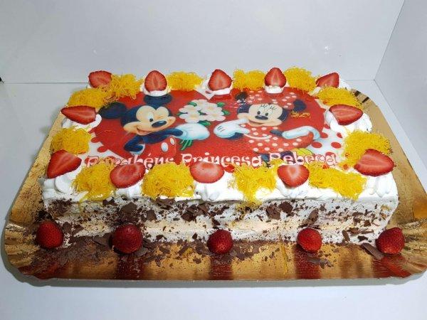 Bolo Com Mickey E Minnie Vista De Frente