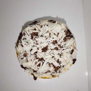 Bolo Com Raspas De Chocolate Negro E Branco Vista De Cima