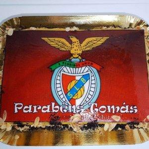 Bolo Com Símbolo De Benfica Vista De Cima