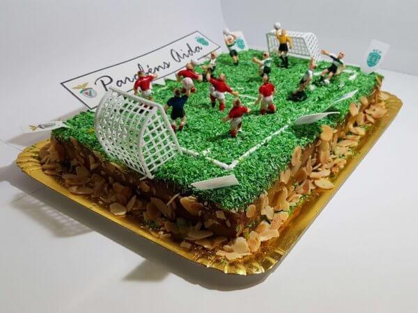 Bolo De Campo Futebol De Slb Vs Scp Vista Em Perspetiva