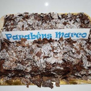 Bolo De Chocolate Com Raspas E Creme De Chocolate2