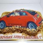Bolo Do Fiat 500 Vermelho Vista De Frente