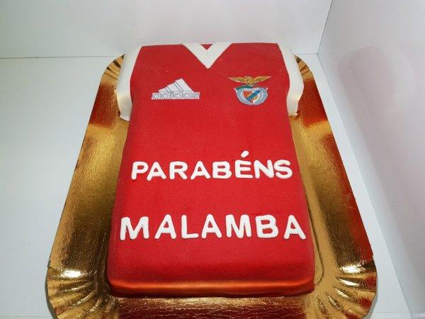 Bolo Camisola Do Benfica Vista De Frente