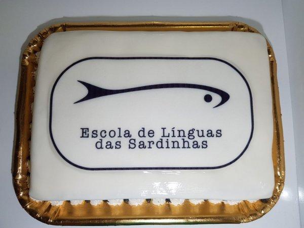 Bolo Da Escola De Línguas Das Sardinhas Vista De Cima