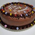 Bolo De Chocolate Com Smarties Chocolate Cake With Smarties Vista Em Perspetiva