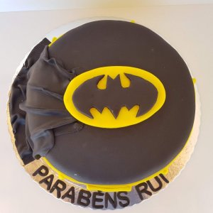 Bolo Do Batman Com Capa Vista De Cima
