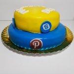 Bolo Símbolos Redes Sociais (facebook, Instagram, Snapchat, Pinterest, Twitter Lat