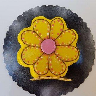 Bolo Decorado Em Flor Amarela