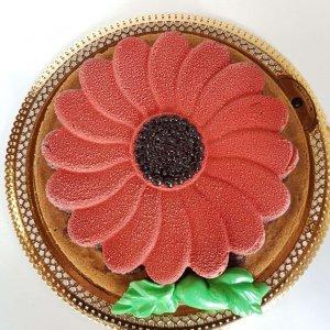 Bolo Chocolate De Flor Vermelha