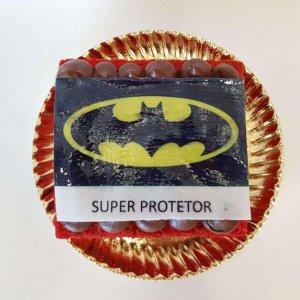 Bolo Do Batman Super Protetor Red Velvet Com Chocolate