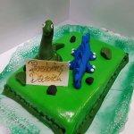 Bolo Com Dinossauros Verde