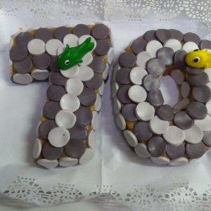 Bolo De 70 Anos Com Pedras E Peixes