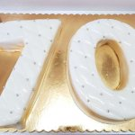 Bolo De 70 Anos Simples Branco