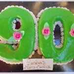 Bolo De 90 Anos Verde Com Flores
