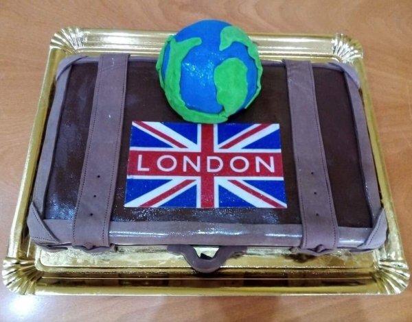 Bolo De Viagem A Londres