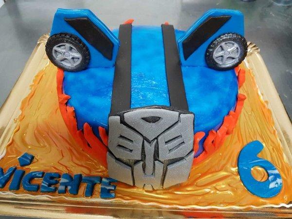 Bolo Dos Transformers