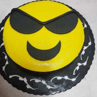 Bolo Emoji Com Oculos Escuros