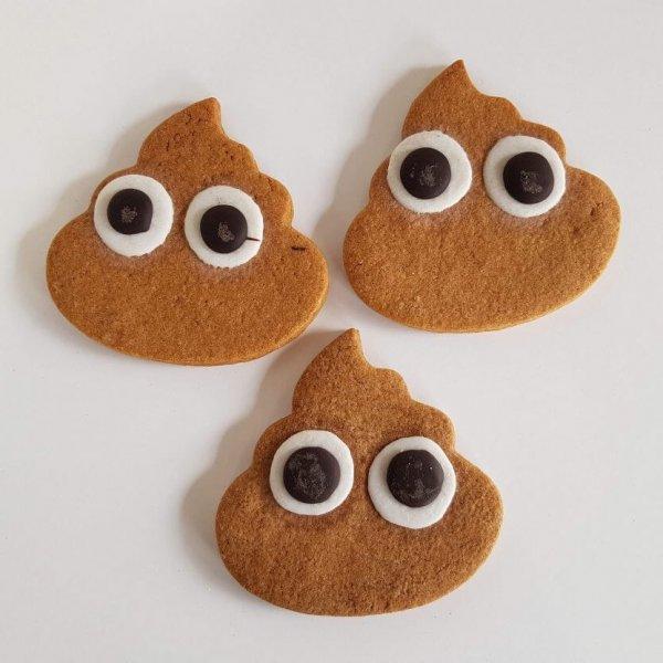 Bolachas Em Forma De Poop Emoji