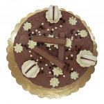Drip Cake De Chocolate E Macarons