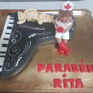 Bolo Com Piano, Enfermei E Paciente Nu