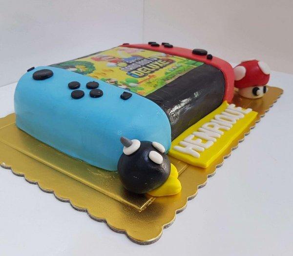 Bolo Da Nintendo Switch Com Jogo Super Mario