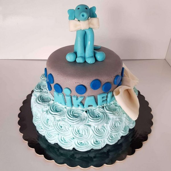 Bolo De 2 Andares Azul Com Elefante No Topo