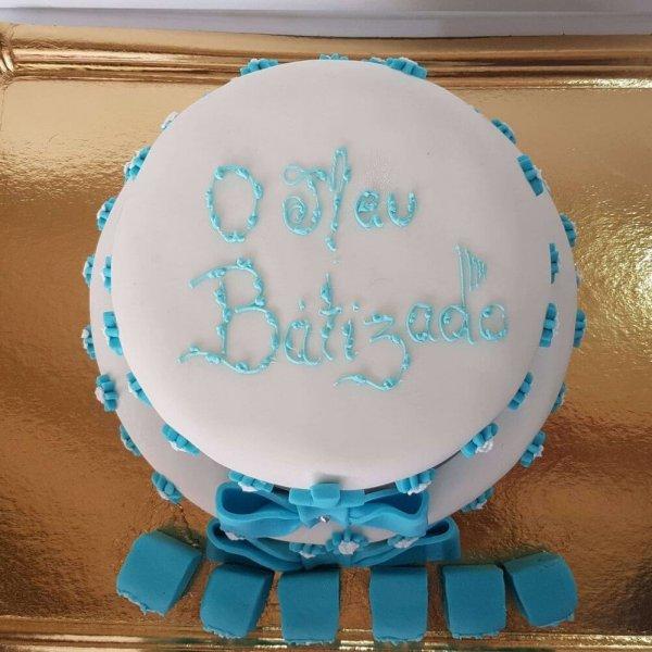 Bolo De Batizado Com 2 Andares Branco E Azul