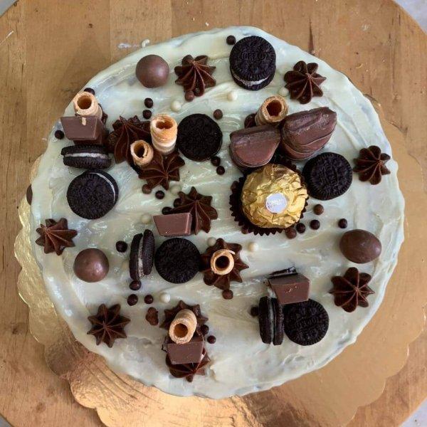 Drip Cake Com Chocolate Branco