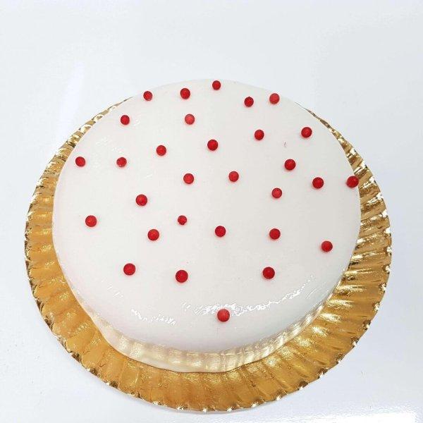 Bolo Branco Redondo Com Bolinhas Vermelhas