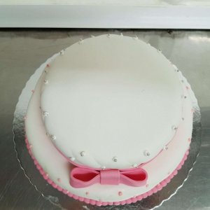 Bolo Almofadado Com 2 Andares Branco Com Laço Rosa