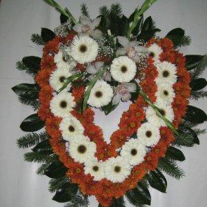 Coração De Flores Vermelhas E Amarelas