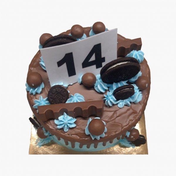 Drip Cake Oreo Com Chocolates