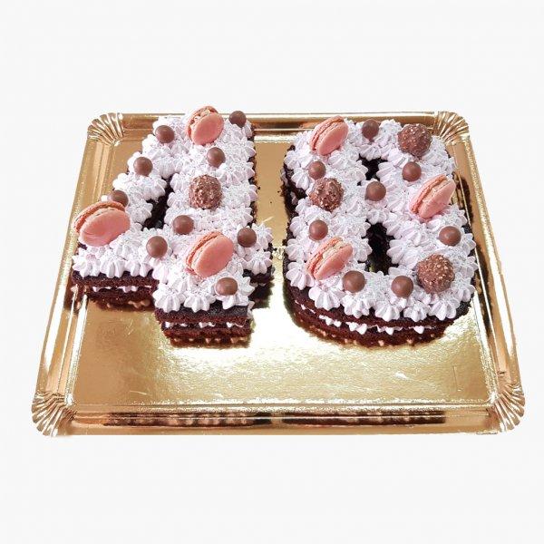 Number Cake 40 Anos Com Macarons E Choc