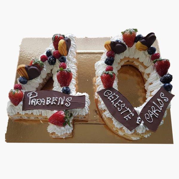 Number Cake 40 Anos Com Morangos E Choc
